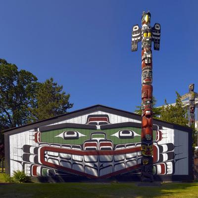 Traditional Kwakiutl potlatch and totem