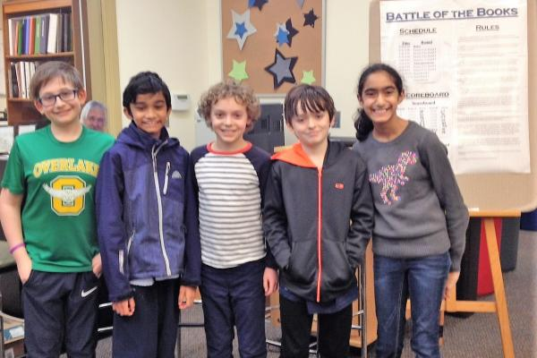 Students on winning Battle of the Books team